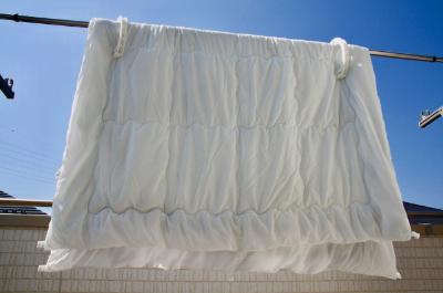 毛布や敷布団など重たい寝具の布団干し:家事代行